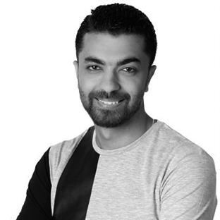 خاص | محمد عباس : الناس تخترع أفلاما خيالية و انا أحضر لأغنيتي الأولى