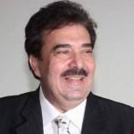 وفاة الفنان نهاد طربيه في مطار فرنسا
