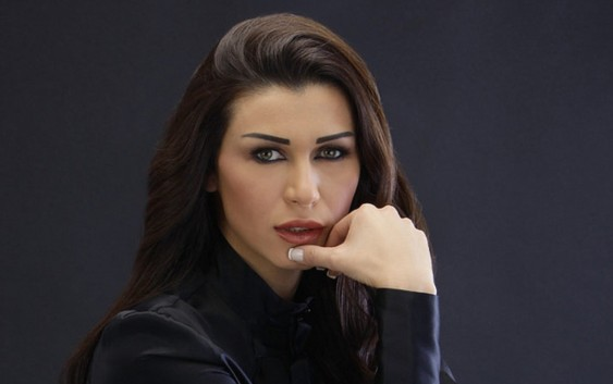 نادين الراسي تعلن اعتزالها عن الظهور في الاعلام